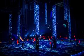 100 Lanterns bamboo stick lantern Staging . Han Show Wuhan 2014
